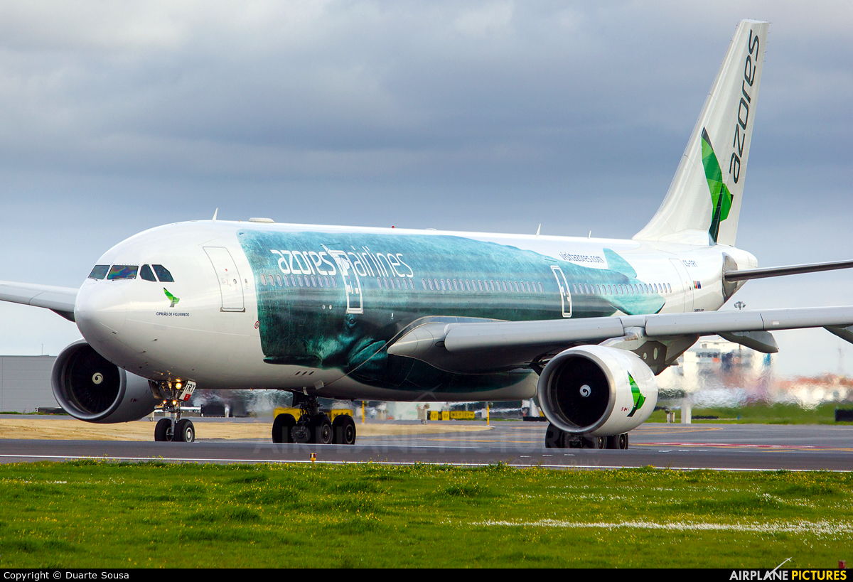 Azores Airlines CS-TRY aircraft at Lisbon