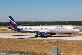 VP-BKI - Aeroflot Airbus A321