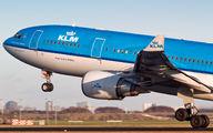 PH-AOE - KLM Airbus A330-200 aircraft
