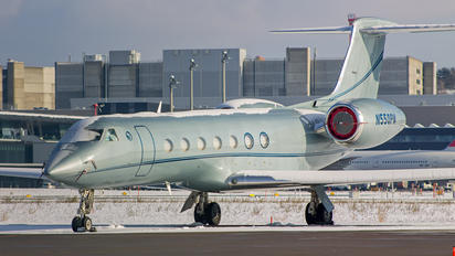 N550PM - Private Gulfstream Aerospace G-V, G-V-SP, G500, G550