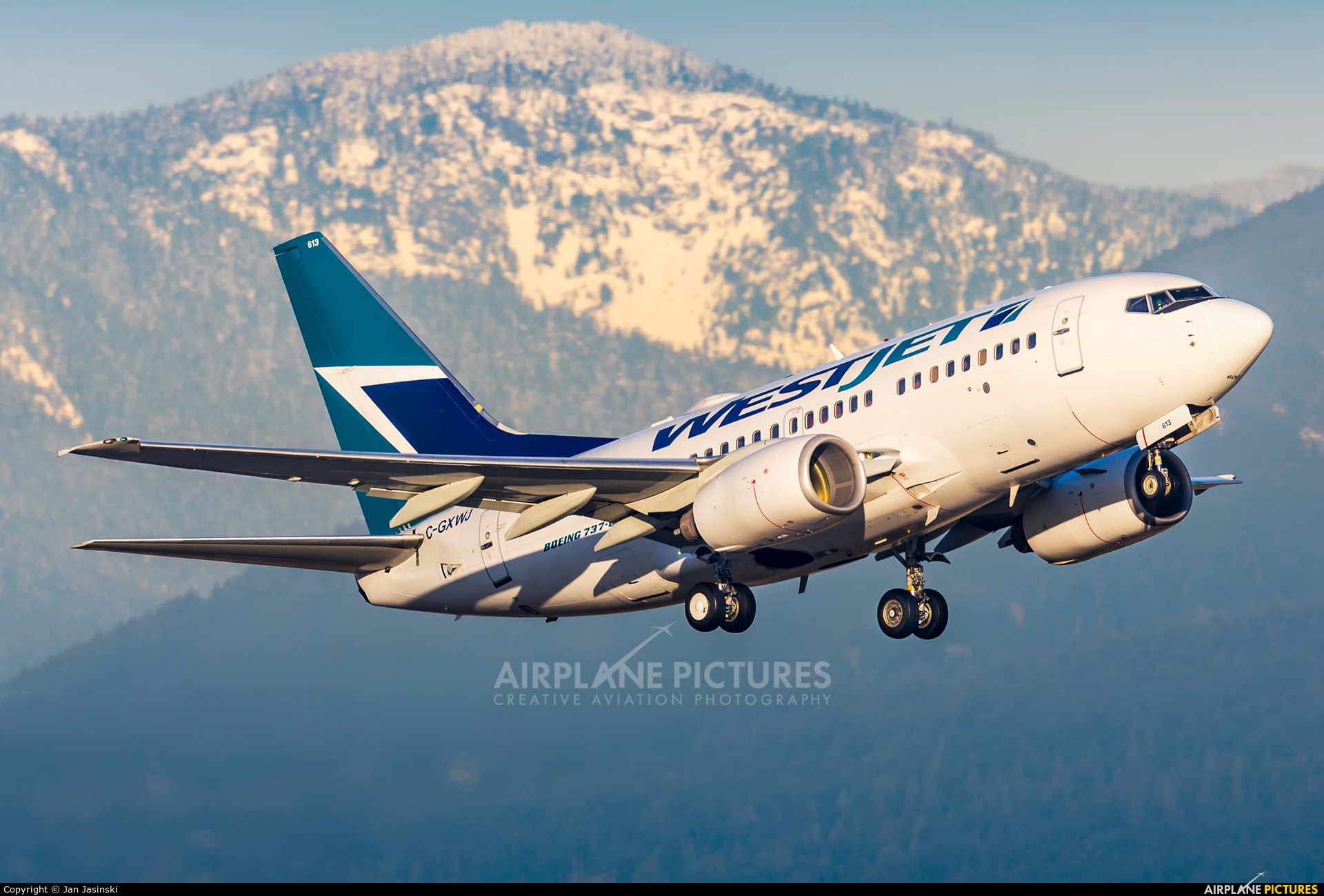 WestJet Airlines C-GXWJ aircraft at Vancouver Intl, BC