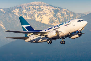 C-GXWJ - WestJet Airlines Boeing 737-600