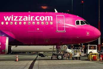 HA-LWP - Wizz Air Airbus A320