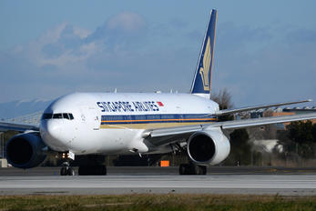 9V-SVC - Singapore Airlines Boeing 777-200ER
