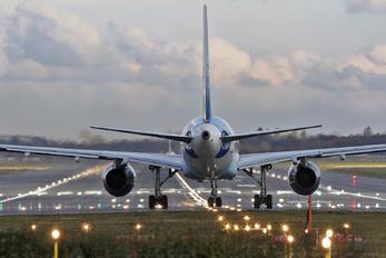G-FCLF - Thomas Cook Boeing 757-200