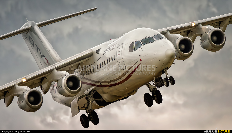 CityJet EI-RJY aircraft at Dublin