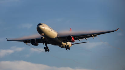 G-VUFO - Virgin Atlantic Airbus A330-300