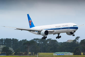 B-2007 - China Southern Airlines Boeing 777-300ER