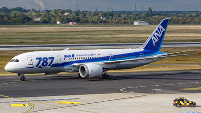 JA805A - ANA - All Nippon Airways Boeing 787-8 Dreamliner