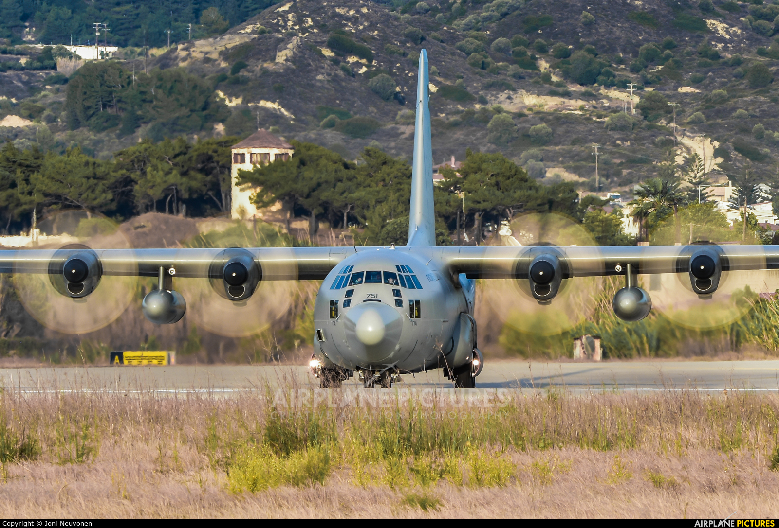 751 - Greece - Hellenic Air Force Lockheed C-130H Hercules at Rhodes -  Diagoras | Photo ID 832612 | Airplane-Pictures.net