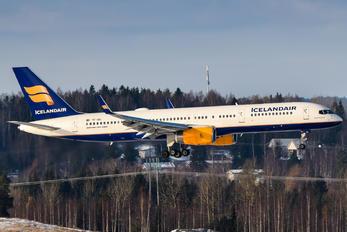 TF-ISD - Icelandair Boeing 757-200WL