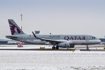 A7-AHW - Qatar Airways Airbus A320