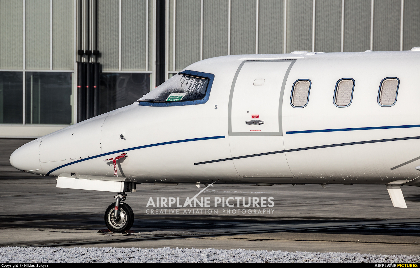 Majestic Executive Aviation OE-GXX aircraft at Vienna - Schwechat