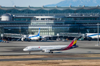 HL8267 - Asiana Airlines Airbus A321