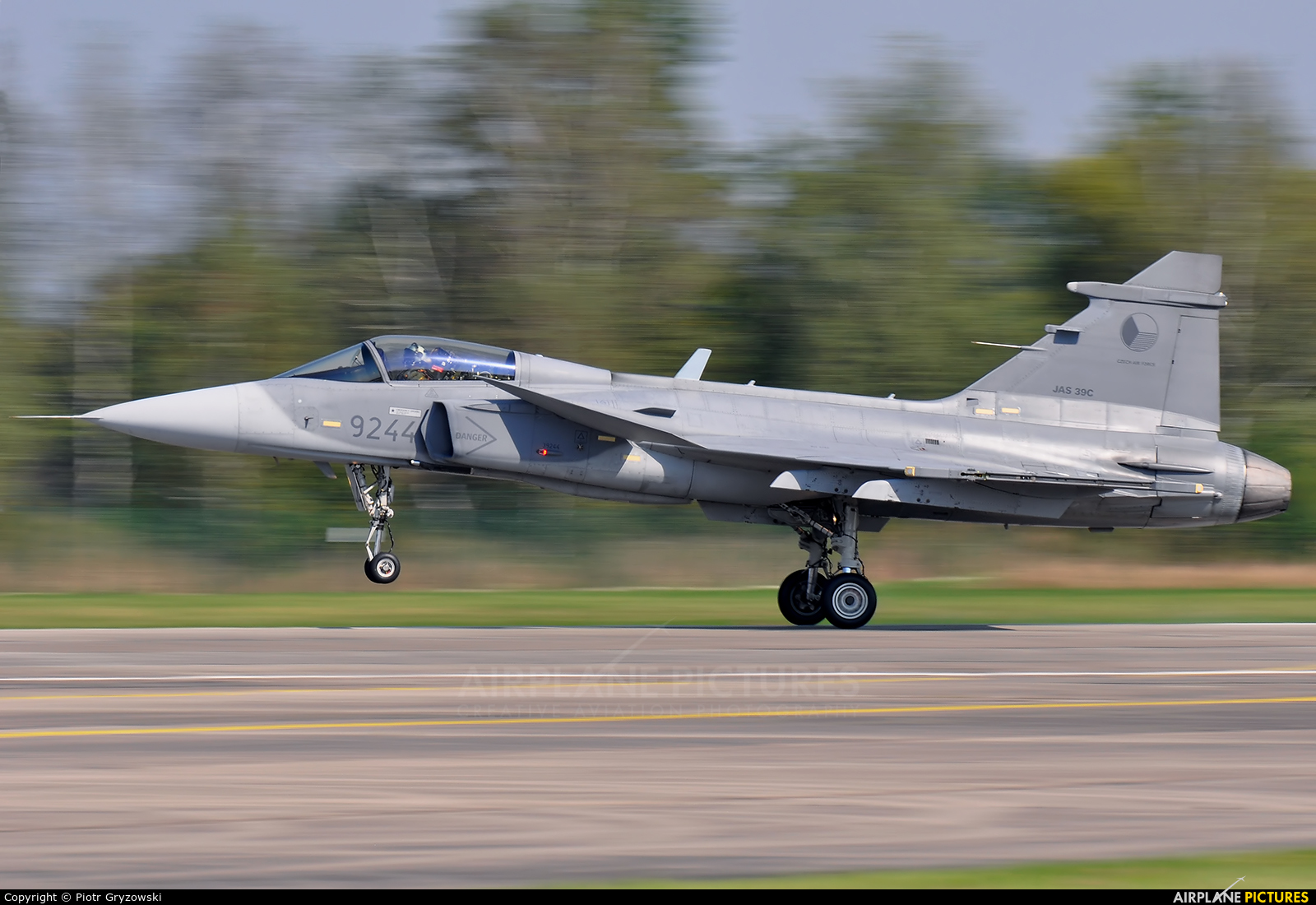 Czech - Air Force 9244 aircraft at Hradec Králové