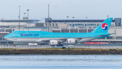HL7638 - Korean Air Boeing 747-8