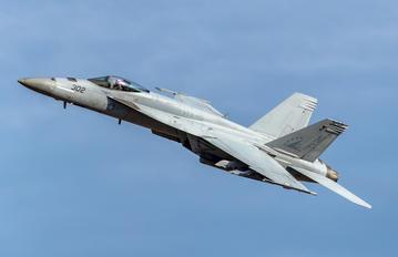 166861 - USA - Navy Boeing F/A-18E Super Hornet