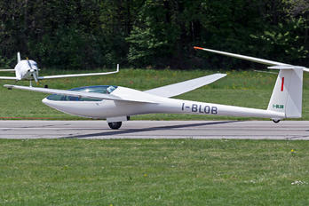 I-BLOB - Private Glaser-Dirks DG-300 Elan