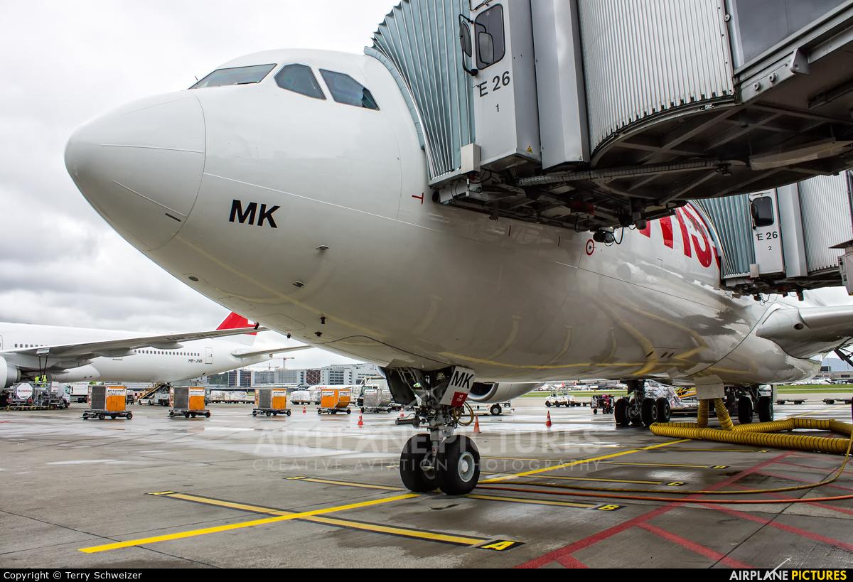 Swiss HB-JMK aircraft at Zurich