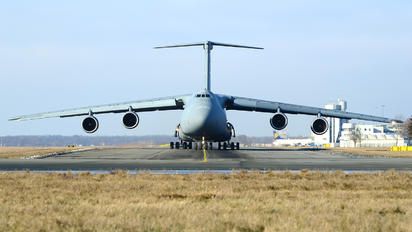 86-0013 - USA - Air Force Lockheed C-5M Super Galaxy