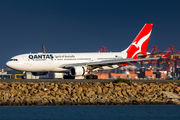 VH-EBK - QANTAS Airbus A330-200 aircraft