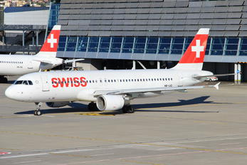 HB-IJQ - Swiss Airbus A320