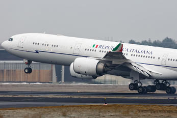 I-TALY - Italy - Air Force Airbus A340-500