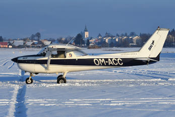 OM-ACC - SkyService Flying School Cessna 150