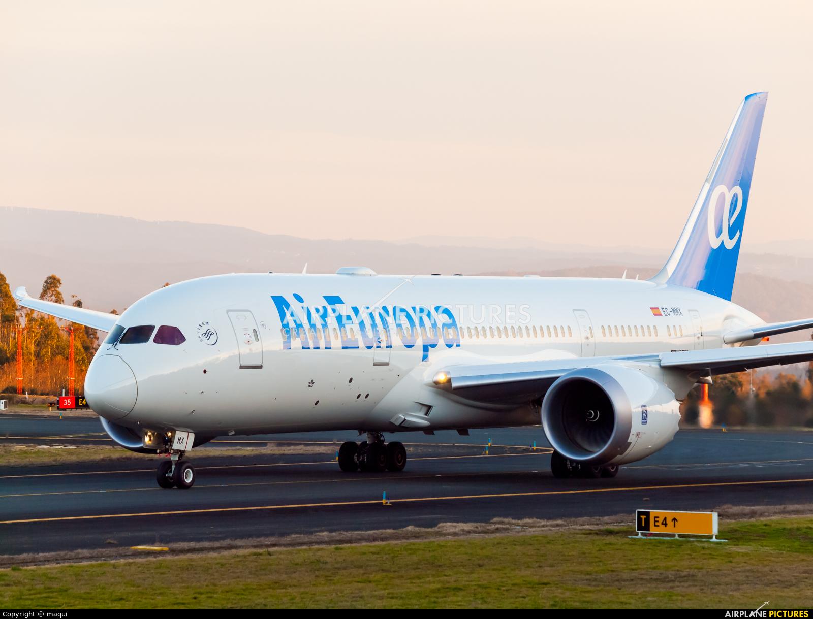 Air Europa EC-MMX aircraft at Santiago de Compostela