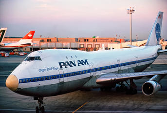 N770PA - Pan Am Boeing 747-100