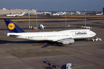 D-ABYO - Lufthansa Boeing 747-8