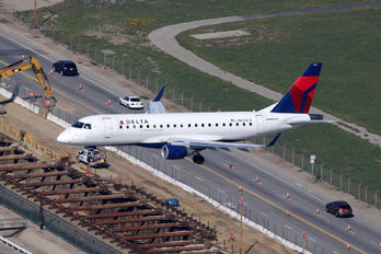 N624CZ - Delta Connection - Compass Airlines Embraer ERJ-170 (170-100)