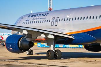 VP-BLR - Aeroflot Airbus A320