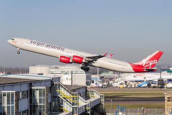 G-VBUG - Virgin Atlantic Airbus A340-600