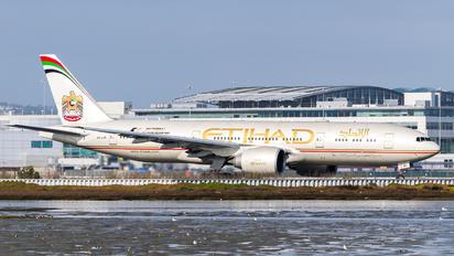 A6-LRC - Etihad Airways Boeing 777-200LR