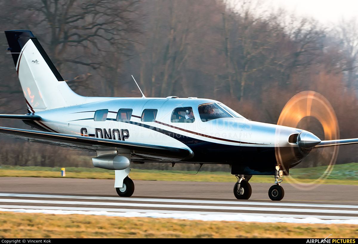 Private G-DNOP aircraft at Deventer - Teuge
