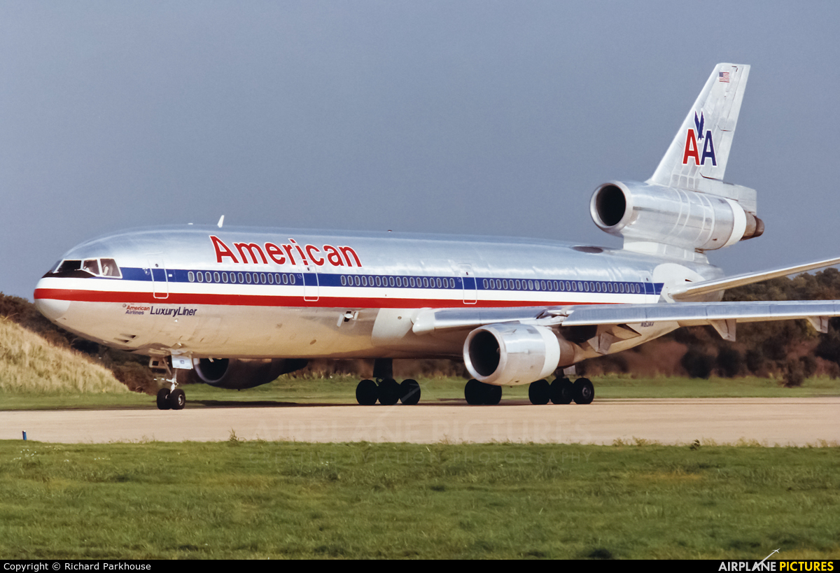 N163AA - American Airlines McDonnell Douglas DC-10-30 at ...