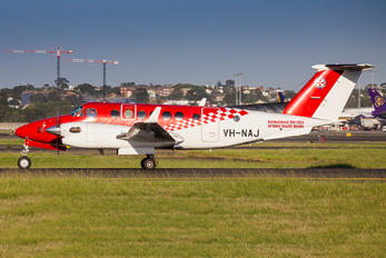 VH-NAJ - Ambulance Service of New South Wales Beechcraft 300 King Air 350