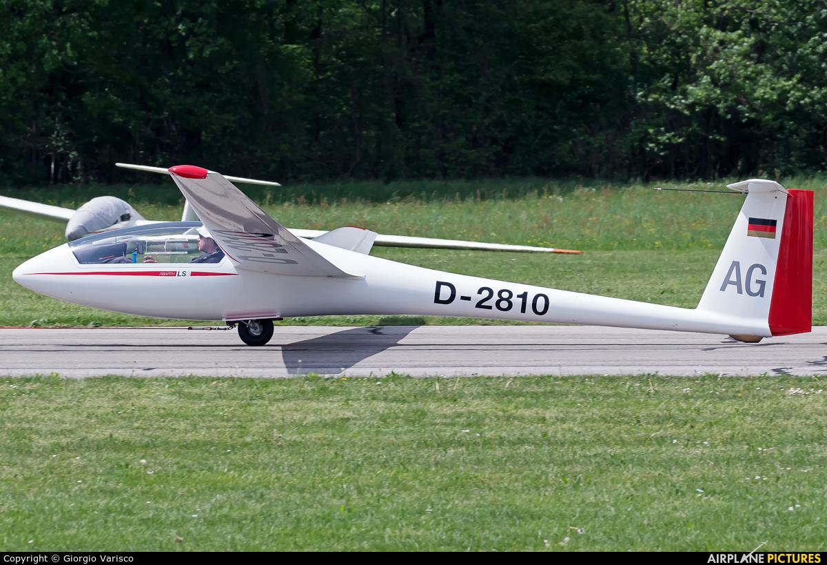Private D-2810 aircraft at Alzate Brianza