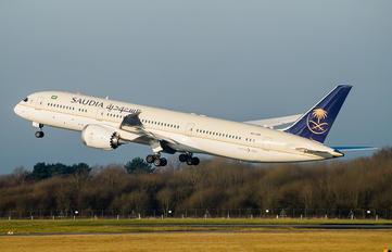 HZ-ARD - Saudi Arabian Airlines Boeing 787-9 Dreamliner