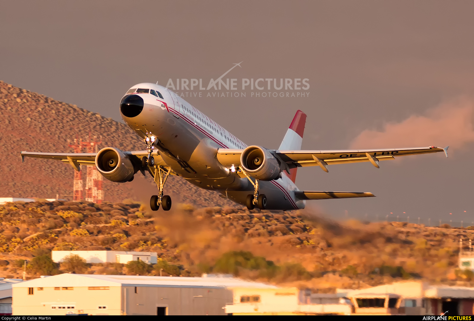 Austrian Airlines/Arrows/Tyrolean OE-LBP aircraft at Tenerife Sur - Reina Sofia
