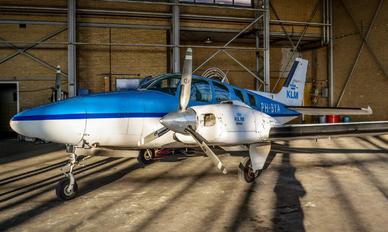 PH-BYA - KLM Luchtvaartschool Beechcraft 58 Baron