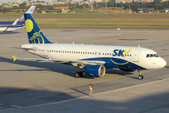 CC-AJG - Sky Airlines (Chile) Airbus A319