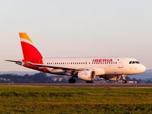 EC-JXV - Iberia Airbus A319