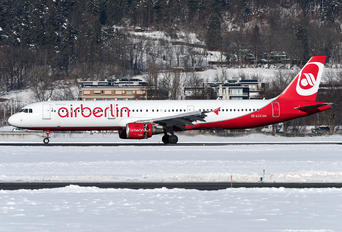 OE-LCC - Air Berlin Airbus A321