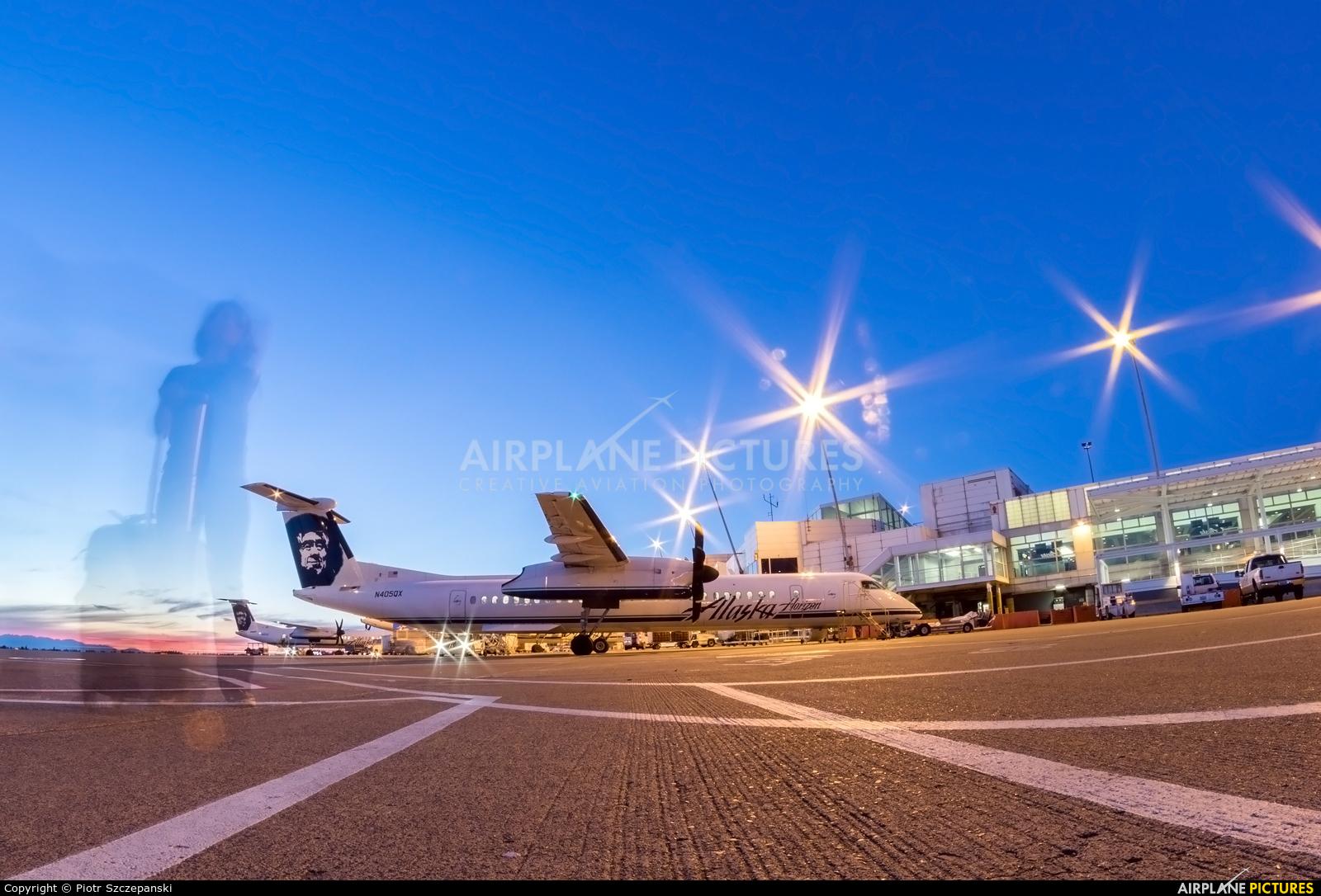 Alaska Airlines - Horizon Air N405QX aircraft at Seattle-Tacoma Intl