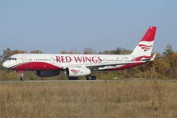 RA-64046 - Red Wings Tupolev Tu-204