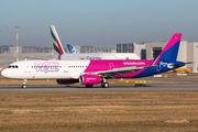 D-AVZU - Wizz Air Airbus A321 aircraft