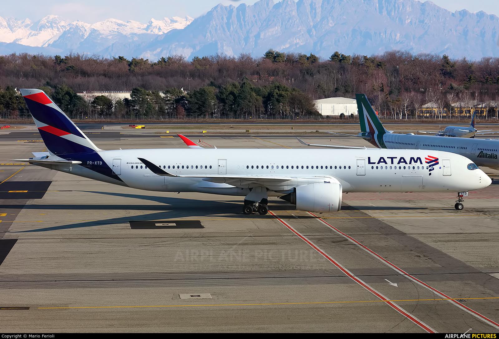 LATAM PR-XTD aircraft at Milan - Malpensa