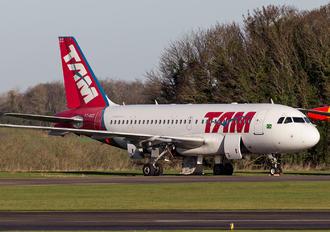 PT-MZC - TAM Airbus A319